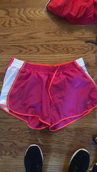women's pink and white Nike shorts Wilmington, 19810