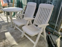 3pc Patio Furniture - reclining chairs + table Toronto, M6N 2S1