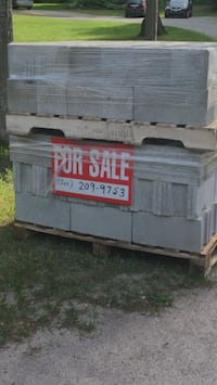 Cinder Blocks. 80 in all. 30 are are corner blocks. $1.50 each - firm. $120 the lot. On skids that can be loaded in one go. Please call the number in the picture. Penetanguishene, L9M 1H2