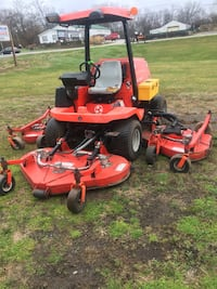 Red and black zero turn mower New Carlisle, 45344