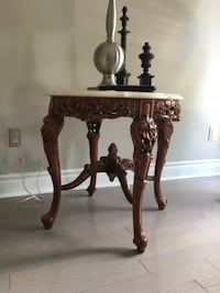 Three piece coffee table and 2 side tables Toronto, M1W