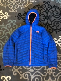 Child's size 14/16 North Face winter jacket Rochester, 03867