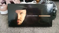 Garth Brooks bo set the limited series Fridley