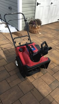 Toro snow blower ccr2450 power clear Oyster Bay, 11714