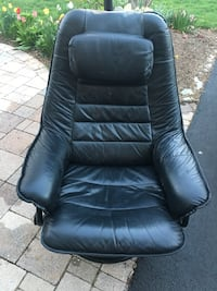 black leather office rolling armchair Broadlands, 20148