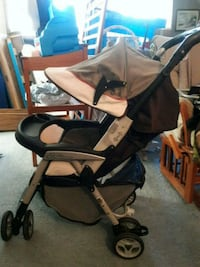 baby's black and gray stroller Levittown, 19054