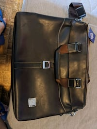 Leather messenger bag for men, large capacity 15,6 Inch laptop Toronto, M6P