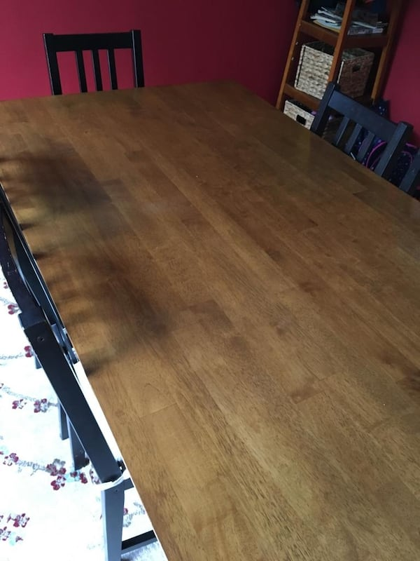 Dining  Table with Six Chairs and Cushions 03bd027f-f706-4cfd-b3b5-f5860666f8b6
