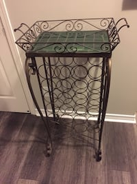 Wine Rack with Removable Tray Toronto, M8V