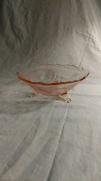 Vintage pink glass bowl Hagerstown, 21742