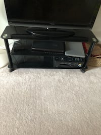 Selling tv stand Vaughan, L6A 1R2