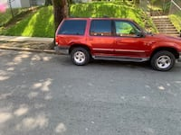 2000 Ford Explorer XLT 4X4 Washington