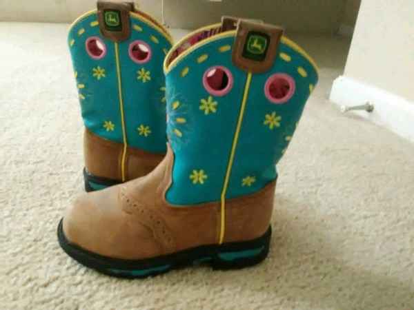 01fb0e47cd7 John Deere little girl boots