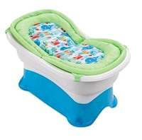 Baby tub by summer infant right height Mississauga, L5B 4M7