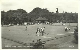 Vintage Postcard Bowling Green Queens Park Glasgow B&W Posted Real Pho