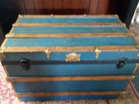 Old trunk 36X21 Berryville, 22611