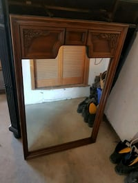 Large oak mirror Hamilton, L8G 2Y9