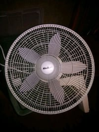 """Air king Wall fan 16"""" Vancouver, 98661"""