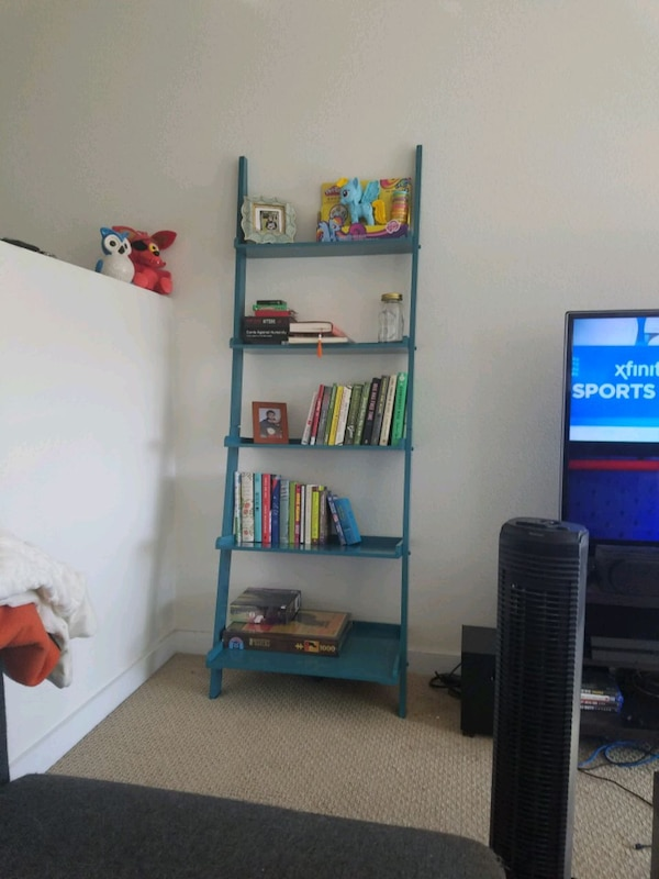 Used Turquoise Ladder Bookshelf For Sale In Oakland