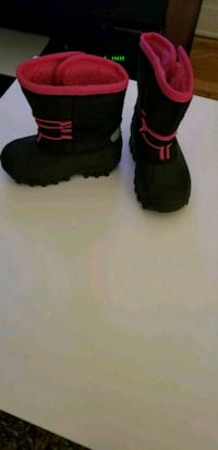 Brand new winter boot for toddlers, call  [TL_HIDDEN]