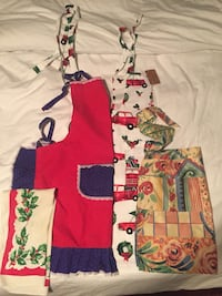 Vintage aprons and tea towel Toronto, M4J 3T3