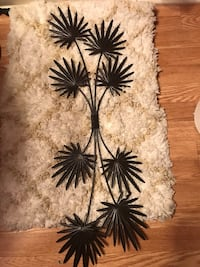 Pier One wrought iron wall hanging new!