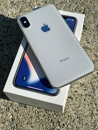 IPhone X Silver 256gb with AppleCare+ Burnaby, V5H