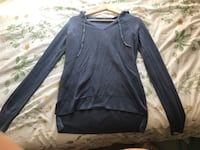 Very nice blue sweater. Worn once  Chicago, 60660