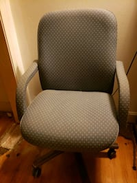 Fabric office rolling chair