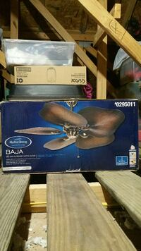 New in box ceiling fan  550 mi