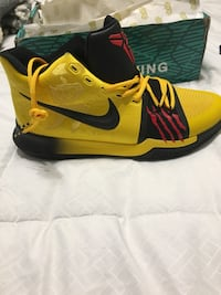 Kyrie 3 Bruce lees size 11 McMinnville, 37110