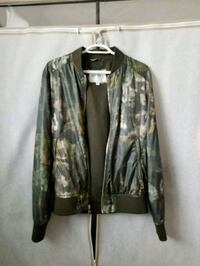 Guess Camo Bomber Jacket 1965 km