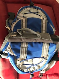 Pup/dog backpack with pockets, handle for boating, hiking etc.brand new! Never used! Smyrna, 37167