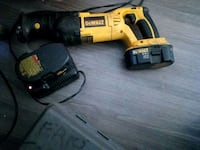 DeWalt 18 v sawsall with charger and extra battery Edmonton, T5E 5K8