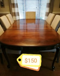 Dining table Burlington, L7M 2X7