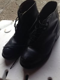 Men's size 8 black leather steel toe boots  Toronto, M8Z 3Z7