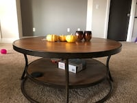 Coffee table  Gainesville, 32601