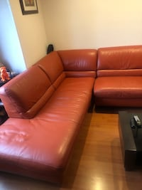 Natuzzi sectional with sleeper mint cond New York, 10307