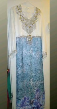 beautiful gowns Dearborn Heights, 48125