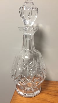 Waterford cut crystal decanter Thames Centre, N0L