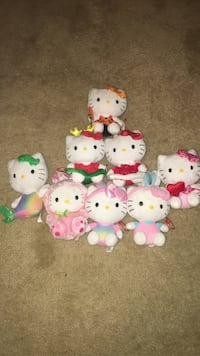 Array of Hello Kitty Plushes and 2 piggy banks as set !!!! Finksburg, 21048