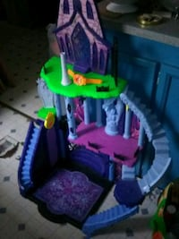 Monster high castle Mechanicsburg, 17050