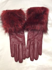 Red leather gloves with faux fur (size s/m)