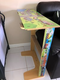 Play table West Kendall, 33193