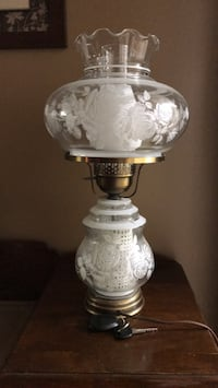 Victorian table lamp St Catharines, L2R 1W9