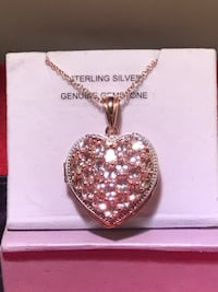 Heart locket Silver/ rose gold St Catharines, L2N 5C2