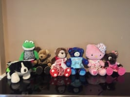 Seven BB Bears outfits chair ,accessories