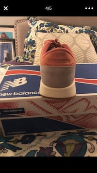 New Balance/ 8.5 women/ pink salmon Bethesda, 20814