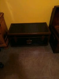 black and brown wooden chest Port St. Lucie, 34984
