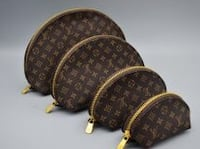 Louis Vuitton set of 4 brown bags  Shirley, 11967